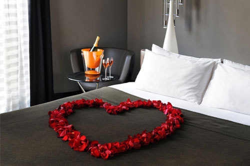 comment decorer sa chambre pour la saint valentin. Black Bedroom Furniture Sets. Home Design Ideas