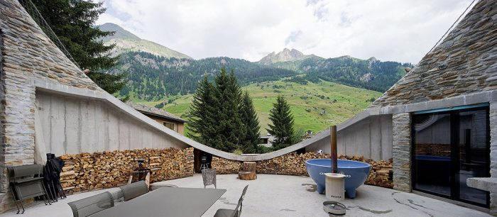 Une maison enterr e en suisse floriane lemari - La maison wicklow hills par odos architects ...