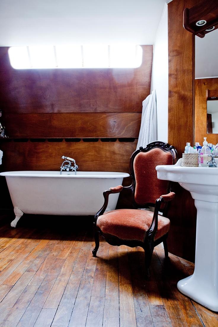 Le bois habille la salle de bain !