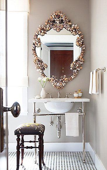 l 39 id e d co du samedi un miroir avec des coquillages floriane lemari. Black Bedroom Furniture Sets. Home Design Ideas