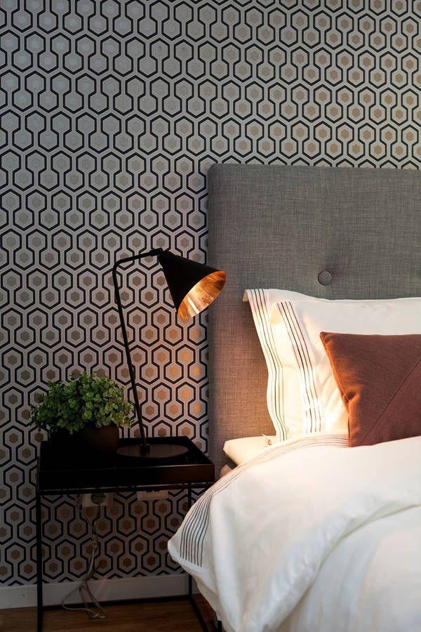 comment bien clairer la chambre floriane lemari. Black Bedroom Furniture Sets. Home Design Ideas
