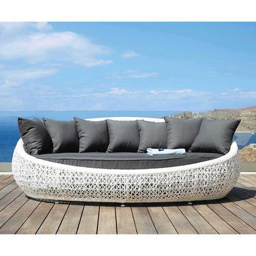 Canap s sur la terrasse floriane lemari for Sur le canape ou dans le canape