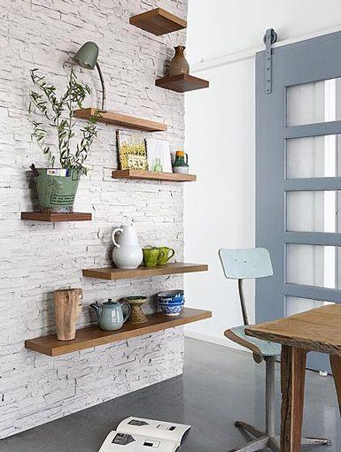 diy fabriquer des tag res flottantes floriane lemari. Black Bedroom Furniture Sets. Home Design Ideas