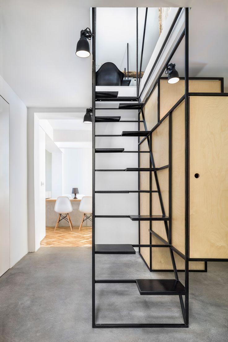 Des escaliers originaux pour la mezzanine floriane lemari - Mezzanine trap ...