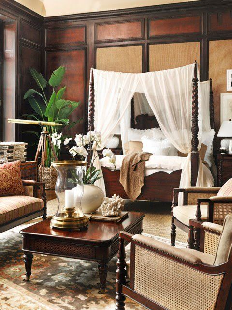 d coration style colonial floriane lemari. Black Bedroom Furniture Sets. Home Design Ideas