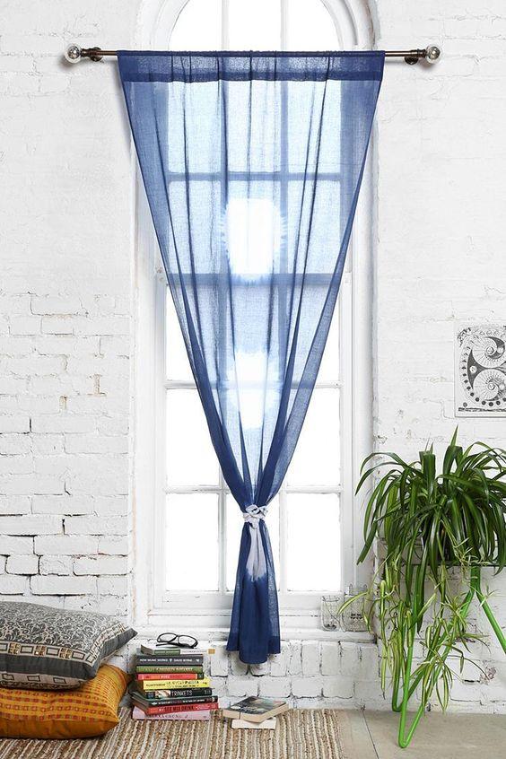installez vos rideaux autrement floriane lemari. Black Bedroom Furniture Sets. Home Design Ideas