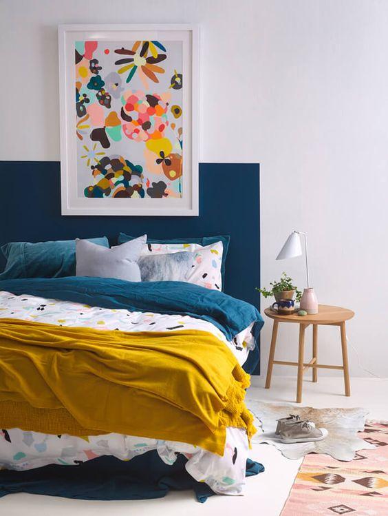 Des tableaux uvres d art pour la t te de lit floriane - Deco tete de lit en peinture ...