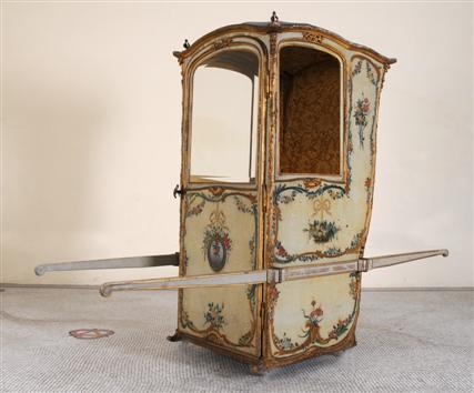 Les diff rents types de chaise du design et du confort for Chaise avec bras