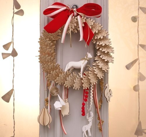 No l colo entre recyclage et d coration naturelle for Decoration fenetre noel diy