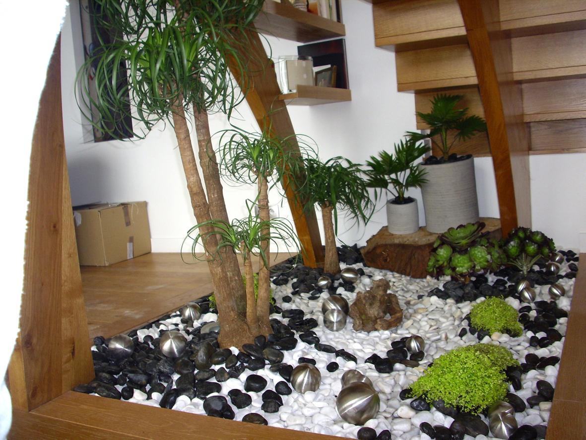 Le balcon un petit coin de paradis floriane lemari for Jardin d interieur
