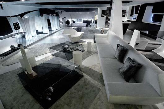 un magasin futuriste en noir et blanc madrid floriane lemari. Black Bedroom Furniture Sets. Home Design Ideas