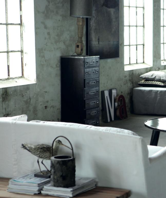 D coration industrielle floriane lemari - Beton muu room in ...