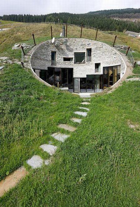 Architecture maison enterrée