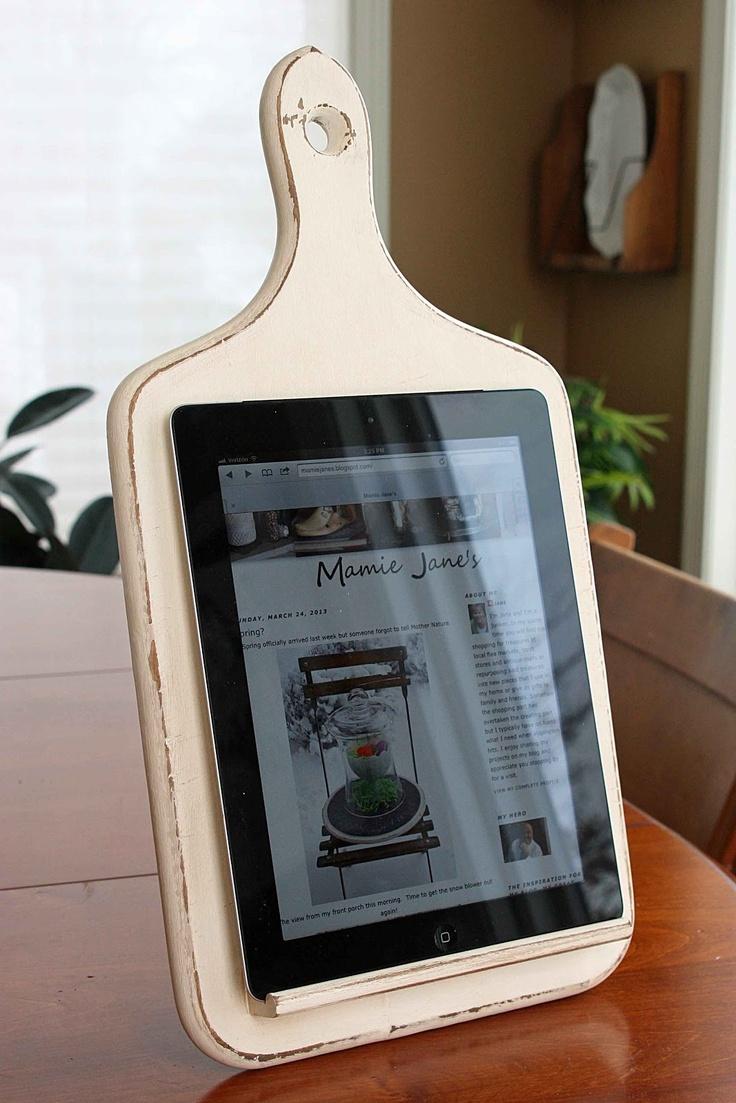 l'idée déco du samedi : diy un support pour tablette de cuisine