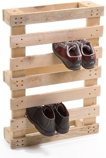 Les rangements trouvent chaussures leurs pieds for Porte chaussures