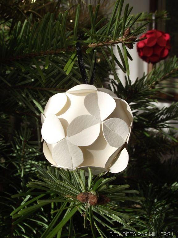 Boules de Noël en papoer et tissu