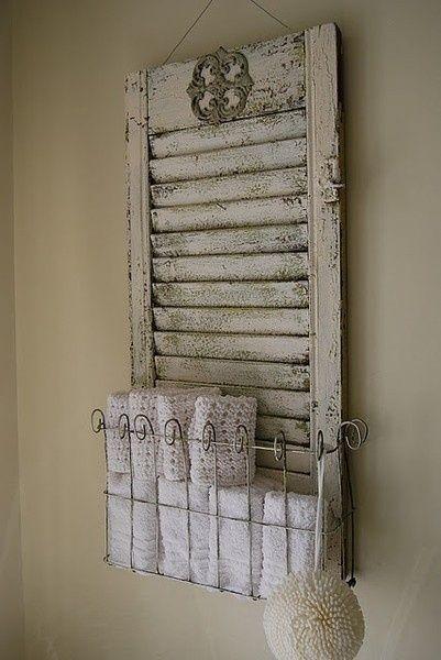 Les volets d corent la maison floriane lemari - Range serviette salle de bain ...