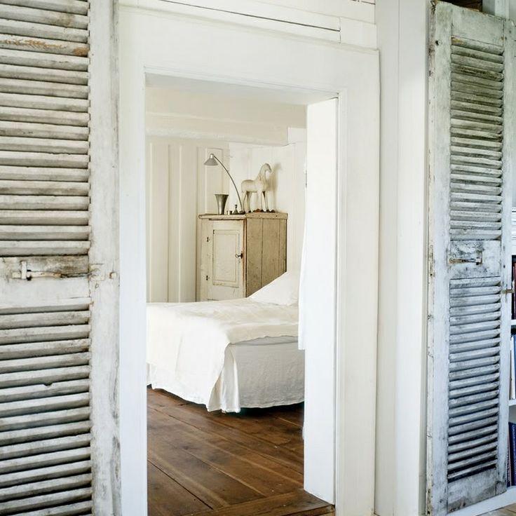 Les volets d corent la maison floriane lemari for Portes persiennes pour placard