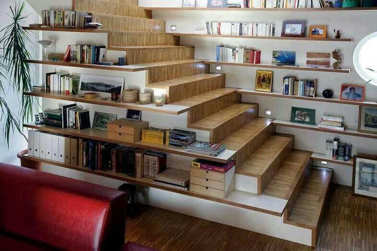 L'Escalier Est Aussi Un Espace De Rangement ! - Floriane Lemarié