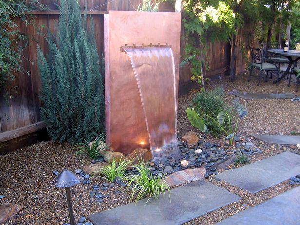 Décoration mur d'eau