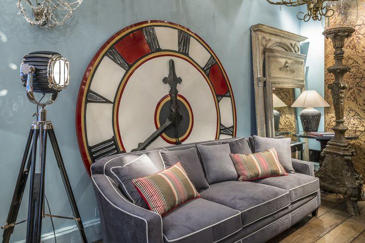 tre l 39 heure pour la rentr e les horloges g antes en d co floriane lemari. Black Bedroom Furniture Sets. Home Design Ideas