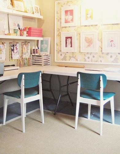 gagnez de la place dans la chambre d 39 enfant choisissez un bureau d 39 angle floriane lemari. Black Bedroom Furniture Sets. Home Design Ideas