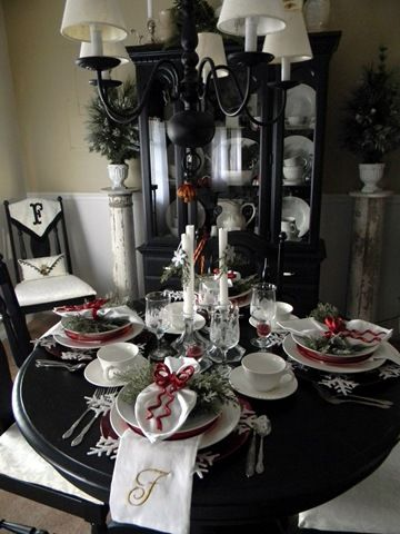 Des id es en noir et blanc pour pr parer sa table de no l for Deco noel noir et argent