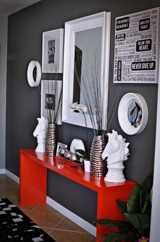 Décoration rouge et gris