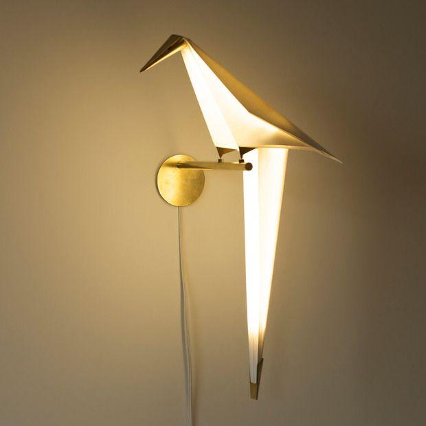 coup de c ur un oiseau de lumi re par umut yamac floriane lemari. Black Bedroom Furniture Sets. Home Design Ideas