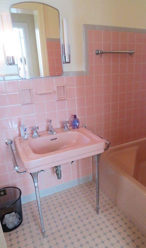 Décoration salle de bain rose