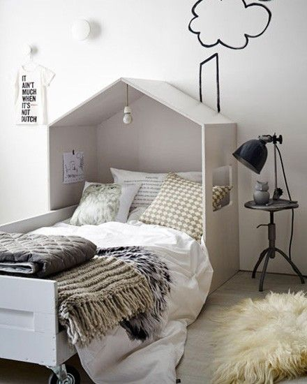 diy un lit cabane pour enfants floriane lemari. Black Bedroom Furniture Sets. Home Design Ideas