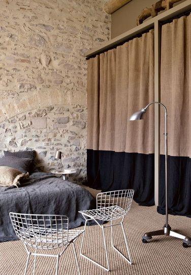 osez les rideaux bicolores floriane lemari. Black Bedroom Furniture Sets. Home Design Ideas