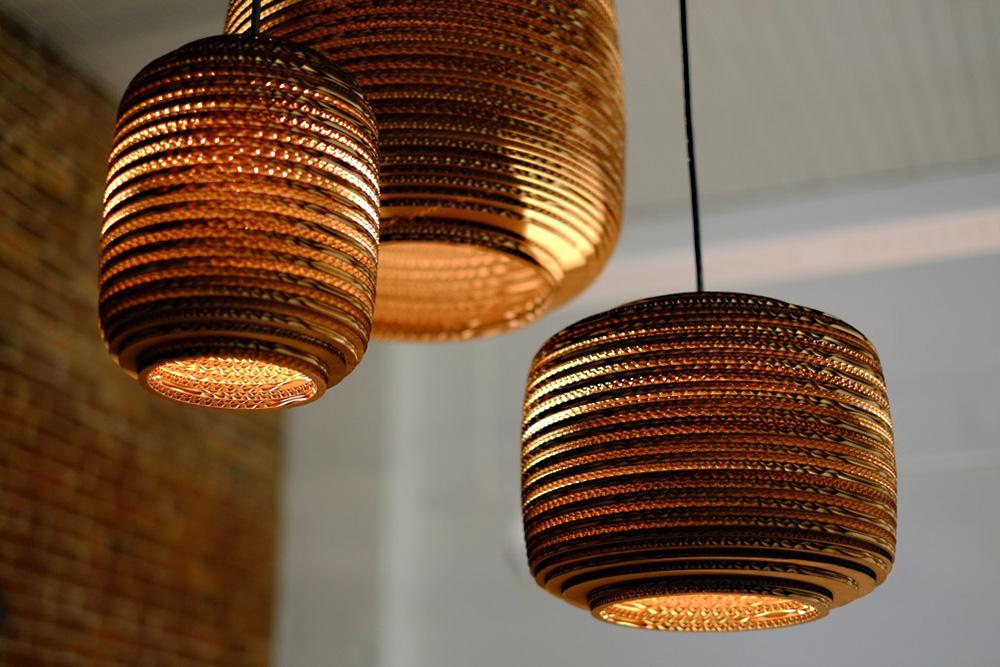 coup de c ur des lampes design r alis es avec du carton floriane lemari. Black Bedroom Furniture Sets. Home Design Ideas