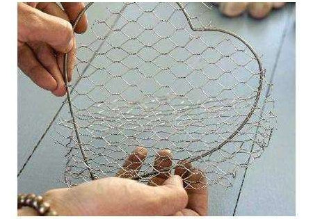 L'idée déco du dimanche : créer un cœur déco avec des galets et on