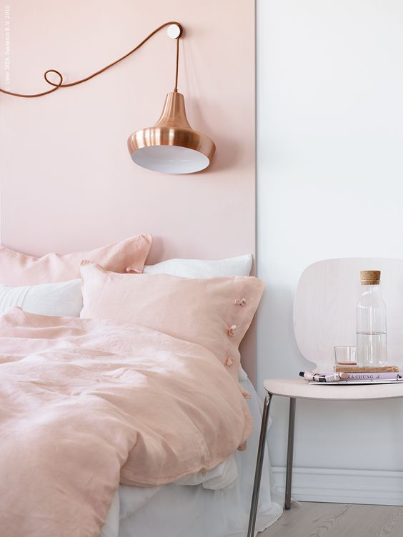 La d co en mode rose poudr floriane lemari - Deco chambre rose gold ...