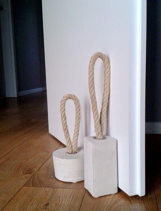 Décoration cale-porte DIY