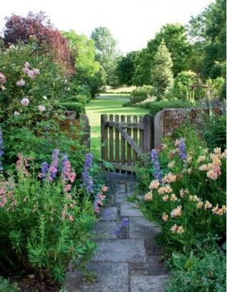 Des jardins anglais floriane lemari for Jardin french to english