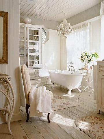 Décoration salle de bain romantique