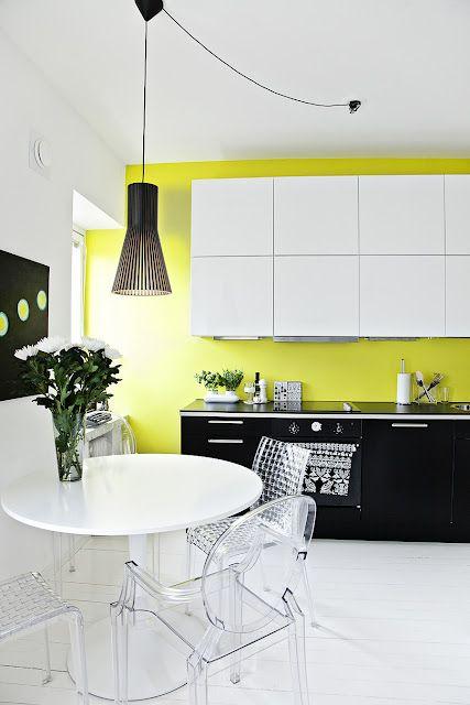 Décoration noir blanc jaune