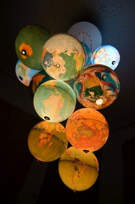 Décoration globes terrestres