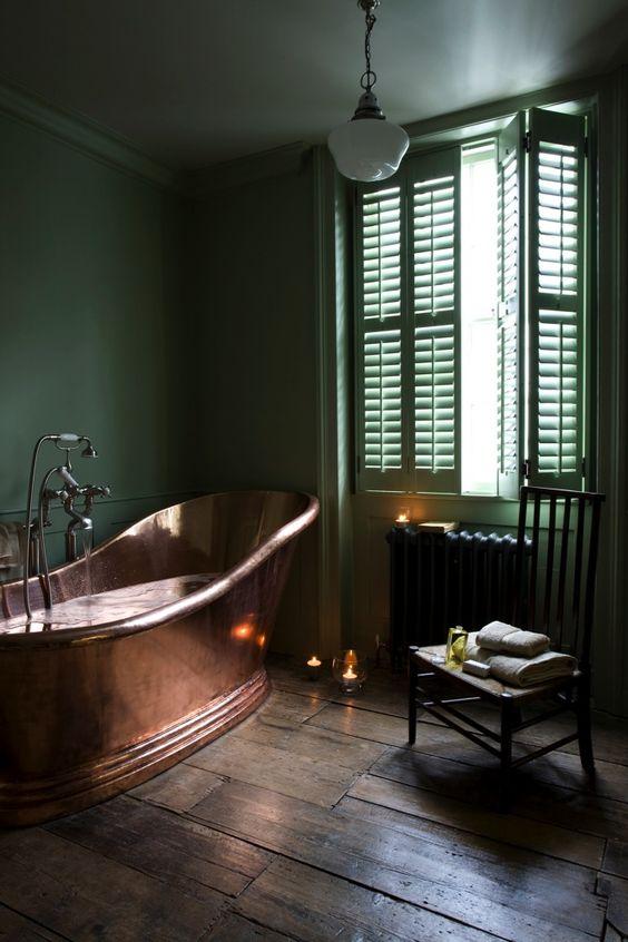 Décoration salle de bain cuivre