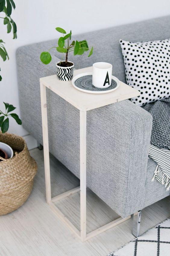 diy une table d 39 appoint pour le canap floriane lemari. Black Bedroom Furniture Sets. Home Design Ideas